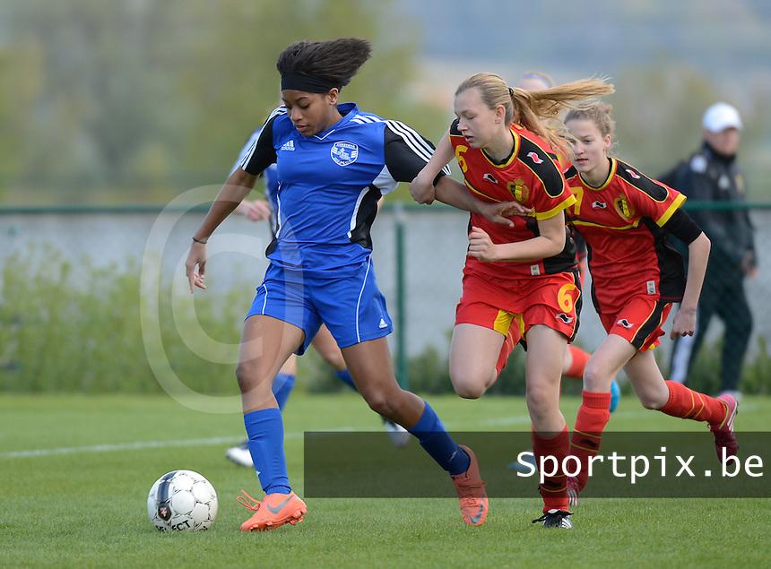 U 16 Belgian red Flames - virginia USA :<br /> <br /> duel tussen Kyra Ricks (L) en Yuna Appermont (R)<br /> <br /> foto Dirk Vuylsteke / Nikonpro.be