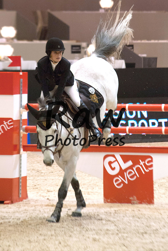 Muchas caras conocidas han participado en el Concurso Internacional de Saltos de Lyon.<br /> <br /> PADDOCK AU JUMPING DE LYON