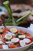 """Europe/France/Languedoc-Roussillon/66/Pyrénées-Orientales/Banyuls-sur-Mer: recettes de la Sanch, salade Catalane lors d'une """"Cargolade"""""""