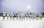 Stockholm 2014-03-01 Bandy SM-semifinal 1 Hammarby IF - V&auml;ster&aring;s SK :  <br /> V&auml;ster&aring;s spelare jublar med tillresta supportrar efter matchen <br /> (Foto: Kenta J&ouml;nsson) Nyckelord:  VSK Bajen HIF jubel gl&auml;dje lycka glad happy