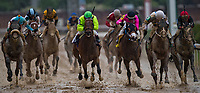 LOUISVILLE, KY - MAY 05: During an undercard race on Kentucky Oaks Day at Churchill Downs on May 5, 2017 in Louisville, Kentucky. (Photo by Douglas DeFelice/Eclipse Sportswire/Getty Images)
