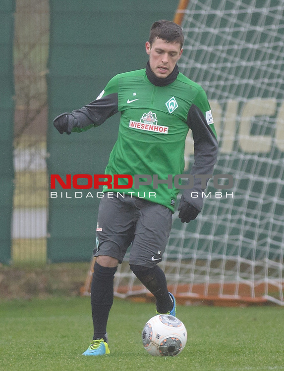 21.01.2014, Trainingsgelaende, Bremen, GER, 1.FBL, Training Werder Bremen, im Bild Zlatko Junuzovic (Bremen #16)<br /> <br /> Foto &copy; nordphoto / Frisch