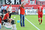Sandhausens Trainer Alois Schwartz  im Spiel der 2. Bundesliga, SV Sandhausen - 1. FC Union Berlin.<br /> <br /> Foto &copy; P-I-X.org *** Foto ist honorarpflichtig! *** Auf Anfrage in hoeherer Qualitaet/Aufloesung. Belegexemplar erbeten. Veroeffentlichung ausschliesslich fuer journalistisch-publizistische Zwecke. For editorial use only.