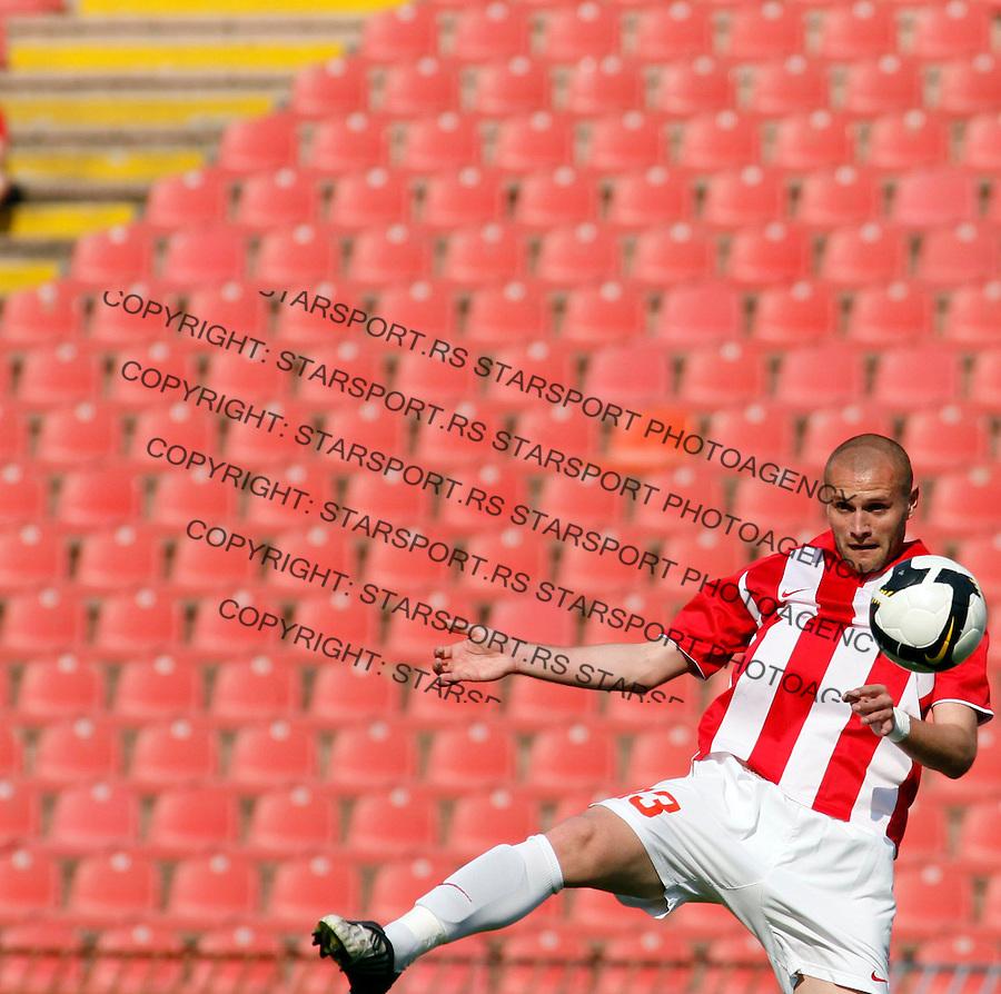 Djordje Tutoric Sport Fudbal Crvena Zvezda Banat Jelen Superliga Soccer Beograd Srbija 11.4.2009. (credit image © photo: Pedja Milosavljevic / STARSPORT)