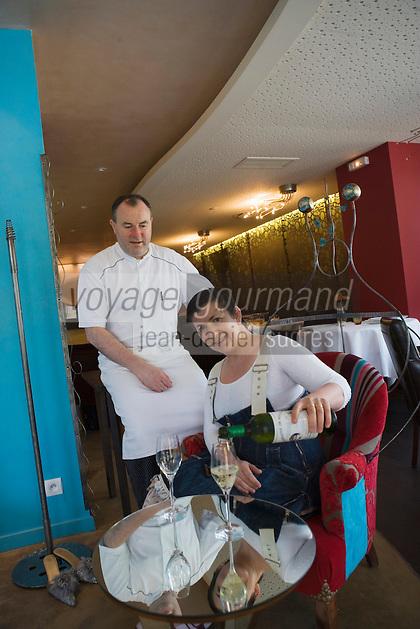 Europe/France/Bretagne/Ille et Vilaine/ Saint-Malo/ Saint-Servan-sur-mer: restaurant le Saint-Placide Luc et Isabelle  Mobihan