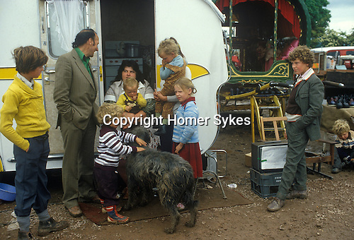 Gypsy family chldren and their caravan. Appleby in Westmorland Cumbria UK