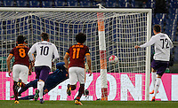 Calcio, Serie A: Roma vs Fiorentina. Roma, stadio Olimpico, 4 marzo 2016.<br /> Fiorentina&rsquo;s Josip Ilicic, right, scores on a penalty kick during the Italian Serie A football match between Roma and Fiorentina at Rome's Olympic stadium, 4 March 2016.<br /> UPDATE IMAGES PRESS/Riccardo De Luca