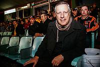 Arturo Brizio Carter, ex arbitro del Futbol Mexicano durante los juegos de Playoff de los Naranjeros en el estadio Hector Espino.
