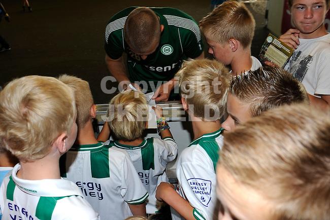 GRONINGEN - Voetbal, Open dag FC Groningen, Euroborg, seizoen 2014-2015, 02-08-2014,  FC Groningen doelman Peter van der Vlag