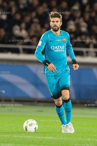 Gerard Pique (Barcelona), DECEMBER 17, 2015 - Football / Soccer : FIFA Club World Cup Japan 2015 semi-final match between FC Barcelona 3-0 Guangzhou Evergrande at Yokohama International Stadium, Kanagawa, Japan. (Photo by Enrico Calderoni/AFLO)