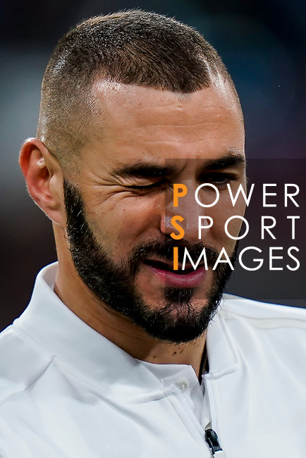 Karim Benzema of Real Madrid winks prior to the La Liga 2018-19 match between Real Madrid and Rayo Vallencano at Estadio Santiago Bernabeu on December 15 2018 in Madrid, Spain. Photo by Diego Souto / Power Sport Images