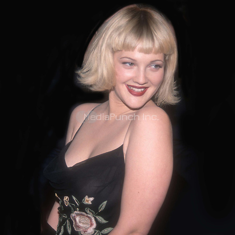 #DrewBarrymore 1998<br /> Photo by John Barrett/PHOTOlink.net / MediaPunch