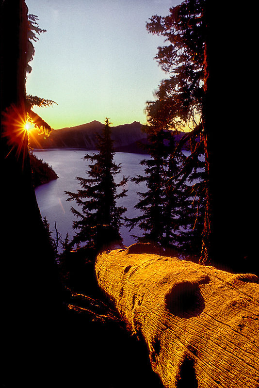 M00125.tif   Sunset at Crater Lake National park, Oregon