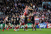 Tom Palmer of Gloucester Rugby competes with Ben Toolis of Edinburgh Rugby in the lineout