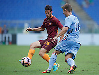 Calcio, Serie A: Roma vs Sampdoria. Roma, stadio Olimpico, 11 settembre 2016.<br /> Roma&rsquo;s Alessandro Florenzi, left, is challenged by Sampdoria&rsquo;s Karol Linetty during the Italian Serie A football match between Roma and Sampdoria at Rome's Olympic stadium, 11 September 2016. Roma won 3-2.<br /> UPDATE IMAGES PRESS/Isabella Bonotto