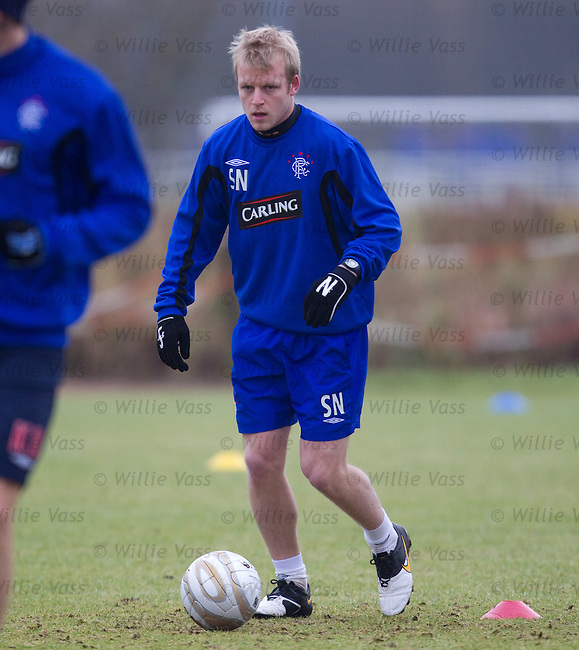 Steven Naismith back at traning