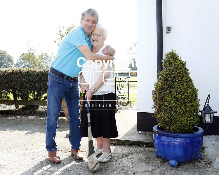 11/09/2014<br /> Mary Catherine Buckley from Chancellors Land, Emly, Co. Tipperary who celebrated her 100th Birthday on 11/09/2014. Pictured here with Irish Independent's Billy Keane.<br /> Pic: Don Moloney/Press 22