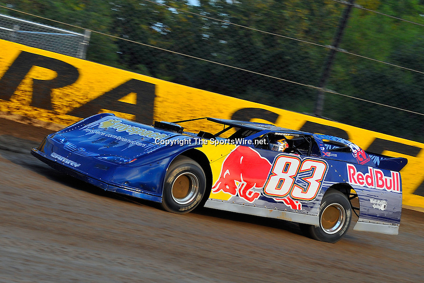 Sep 9, 2009; 6:48:38 PM; Rossburg, OH., USA; The 5th Annual All-star race with NASCAR and other drivers competing in Dirt Late Models of the Prelude to the Dream event running at the Eldora Speedway.  Mandatory Credit: (thesportswire.net)