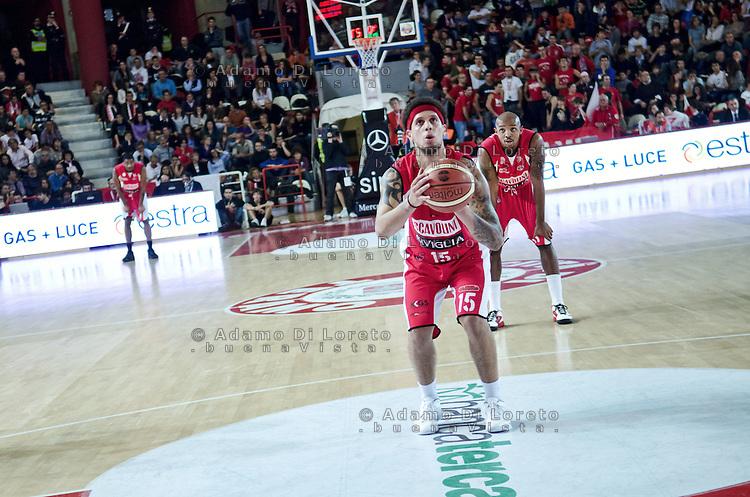 Teramo 04-12-2011 Campionato di Lega A1 Basket 2011/2012: TERAMO BASKET VS SCAVOLINI SIVIGLIA TERAMO. IN FOTO HACKETT DANIEL DEL PESARO
