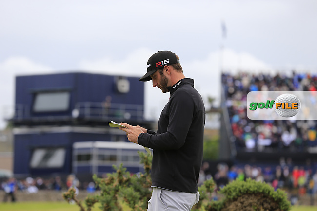 Dustin JOHNSON (USA) walks to the 2nd tee during Sunday's Round 3 of the 144th Open Championship, St Andrews Old Course, St Andrews, Fife, Scotland. 19/07/2015.<br /> Picture Eoin Clarke, www.golffile.ie