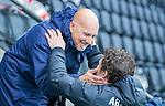 AMSTELVEEN - coach Carlos Castano (HCKZ) met coach Xanti Freixa (Adam) voor de hoofdklasse competitiewedstrijd mannen, Amsterdam-HCKC (1-0).  COPYRIGHT KOEN SUYK
