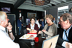 AMSTELVEEN - KNHB direkteur Erik Gerritsen   en mevrouw Elvire Wagener (m)  achternichtje van Joop Wagener sr. , hebben samen , symbolisch , de eerste paal geslagen van de nieuwe tribune van het Wagener hockeystadion. met Alexia Sifneos . COPYRIGHT KOEN SUYK.