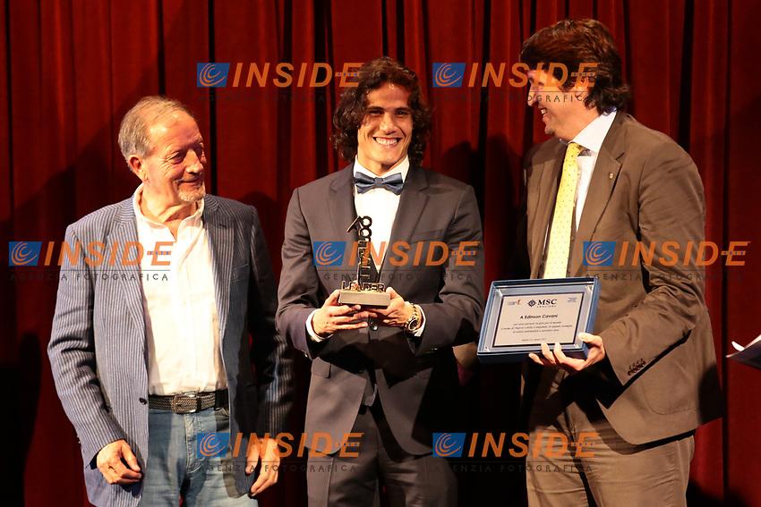 Renzo Ulivieri, Edinson Cavani (PSG) e Patron MSC Crociere<br /> Napoli 06-06-2017  Napoli Hotel Continental<br /> Premio Football Leader 2017 - I migliori votano i migliori<br /> Football Leader 2017 Award - The best vote the best<br /> Foto Cesare Purini / Insidefoto