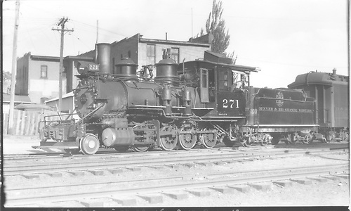 3/4 fireman's-side view of D&amp;RGW #271 switching the San Juan at Durango.<br /> D&amp;RGW  Durango, CO  Taken by Perry, Otto C. - 5/27/1939