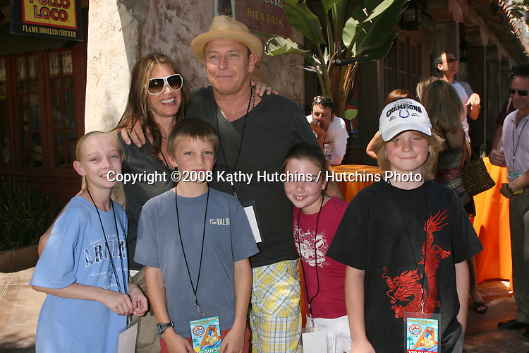 "Amanda Pays & Corbin Bernsen, with kids and Their niece, nephews.""The Simpson's Ride"" Grand Opening.Universal Studios Theme Park.Los Angeles, CA.May 17, 2008.©2008 Kathy Hutchins / Hutchins Photo ."