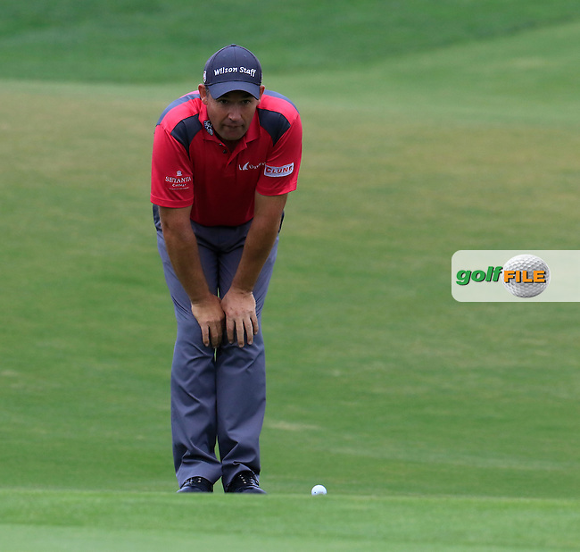 Padraig Harrington (IRL) at the 18th green during Saturday's Round 3 of the 2016 Portugal Masters held at the Oceanico Victoria Golf Course, Vilamoura, Algarve, Portugal. 22nd October 2016.<br /> Picture: Eoin Clarke   Golffile<br /> <br /> <br /> All photos usage must carry mandatory copyright credit (&copy; Golffile   Eoin Clarke)