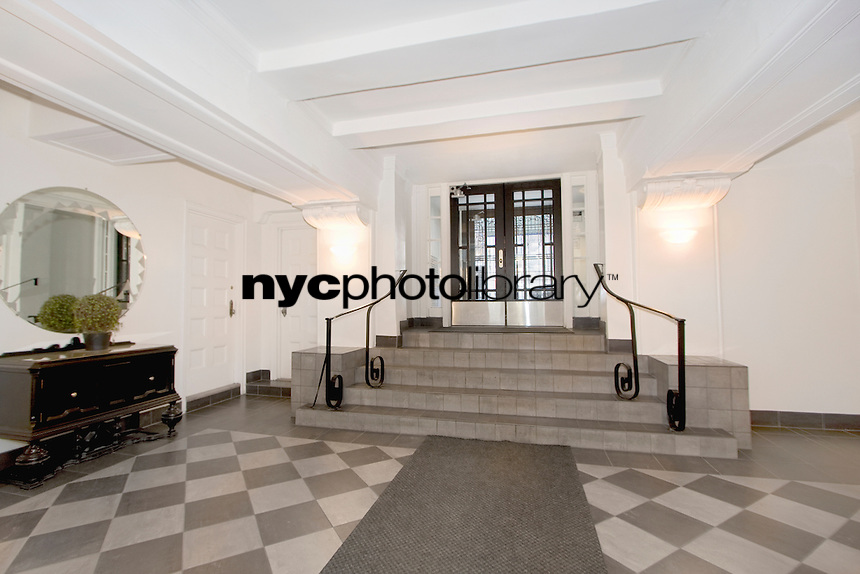 Lobby at 102 west 85th St