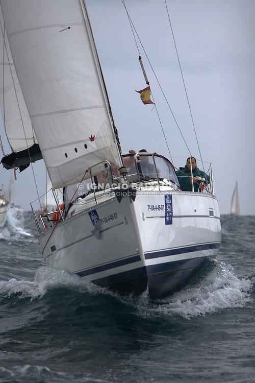 GARBI MENDI ESP 8066 OCEANIS 32 Iñaki Larrabeit CN Canet d'en Berenguer - XXI RUTA DE LA SAL - Versión Este - Denia-Ibiza - 2008 - Real Club Náutico de Denia