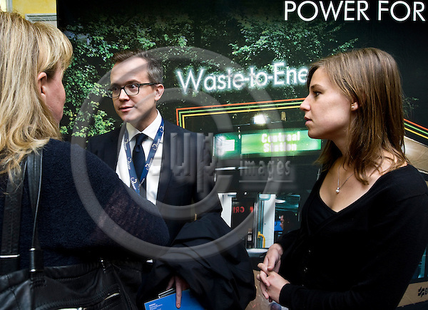 BRUSSELS - BELGIUM - 24 September 2014 -- 7th Confederation of European Waste-to-Energy Plants (CEWEP) Waste-to-Energy Congress 2014 - Local Energy from Local Waste - Affordable, Secure & Sustainable. --  Martin Engelmann, PlasticsEurope talking to congress participants. -- PHOTO: Juha ROININEN / EUP-IMAGES