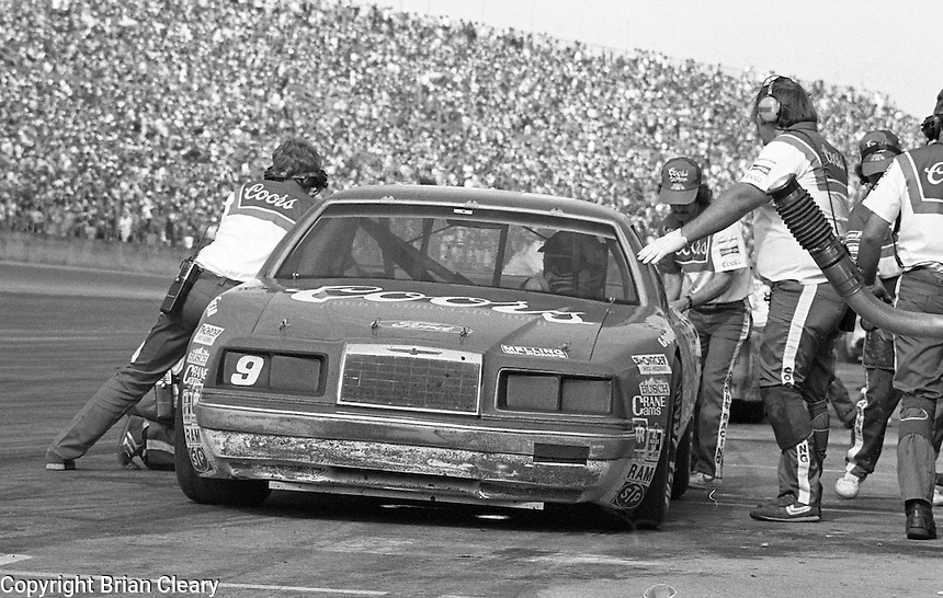 Bill Elliott 9 pits pit stop Daytona 500 at Daytona International Speedway in Daytona Beach, FL on February  1984. (Photo by Brian Cleary/www.bcpix.com)