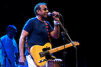 SÃO PAULO, SP, 23 DE JUNHO DE 2012 – SHOW JORGE BEN: O cantor e compositor Jorge Ben em companhia da Banda Zé Pretinho se apresentaram na noite deste sábado (23) no Credicard Hall em São Paulo.  FOTO: LEVI BIANCO / BRAZIL PHOTO PRESS