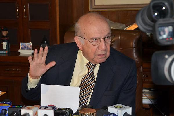 Rueda de Prensa del Dr. Vincho CAstillo, presidente de la fuerza nacional progresista..Foto:Carmen Suárez/acento.com.do.Fecha:19/03/2012.