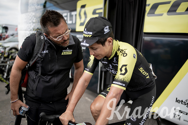 Esteban Chaves (COL/Mitchelton-Scott) warming up pre-stage<br /> <br /> Stage 15: Tineo to Santuario del Acebo (154km)<br /> La Vuelta 2019<br /> <br /> ©kramon