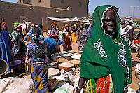 Mercado de rua em Djenne. Mali. 2010.  Foto de Caio Vilela.