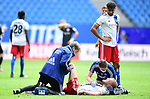 v.l. Mannschaftsarzt Dr. Wolfgang Schillings, Rick van Drongelen (HSV, verletzt), Physiotherapeut Mario Reicherz, Josha Vagnoman<br />Hamburg, 28.06.2020, Fussball 2. Bundesliga, Hamburger SV - SV Sandhausen<br />Foto: Tim Groothuis/Witters/Pool//via nordphoto<br /> DFL REGULATIONS PROHIBIT ANY USE OF PHOTOGRAPHS AS IMAGE SEQUENCES AND OR QUASI VIDEO<br />EDITORIAL USE ONLY<br />NATIONAL AND INTERNATIONAL NEWS AGENCIES OUT