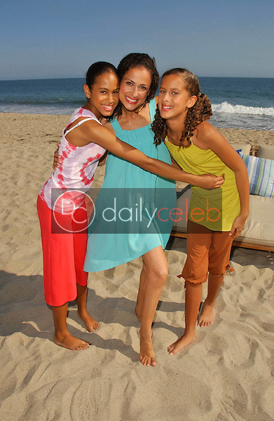 Chantelle Rivera and her daughters<br />at the Hot Moms Video Shoot for &quot;Beautiful Now(the Hot Moms Song)&quot;. Silver Spoon House, Malibu, California. 08-15-07<br />Dave Edwards/DailyCeleb.com 818-249-4998