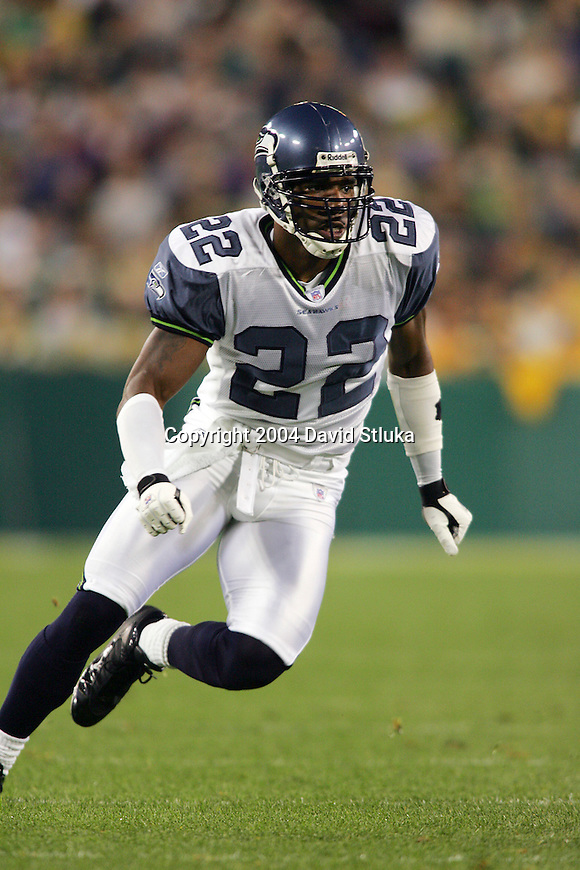 Seattle Seahawks defensive back Damien Robinson (22) during an NFL preseason football game against the Green Bay Packers at Lambeau Field on August 16, 2004 in Green Bay, Wisconsin. The Seahawks beat the Packers 21-3. (Photo by David Stluka)
