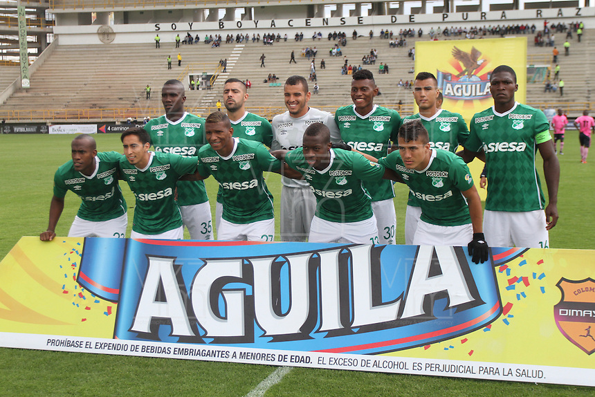 TUNJA -COLOMBIA, 02-04-2016. Jugadores del Cali posan para una fot de grupo previo al encuentro entre Boyacá Chicó FC y Deportivo Cali por la fecha 11 Liga Águila I 2016 realizado en el estadio La Independencia en Tunja. / Players of Cali pose to a photo prior a match between Boyaca Chico FC and Deportivo Cali for the date 11 of Aguila League I 2016 played at La Independencia stadium in Tunja. Photo: VizzorImage/César Melgarejo/Cont