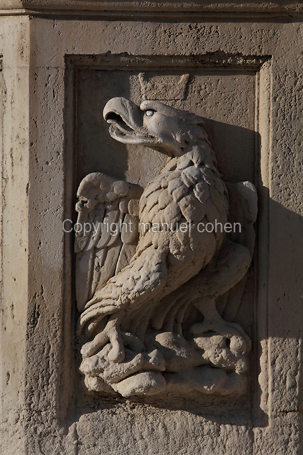 Eagle, relief sculpture adorning the Maderno Fountain, 1613 by Carlo Maderno, San Pietro in Vaticano (St Peter's Basilica), 16th - 17th century, Vatican City, Rome, Italy. Picture by Manuel Cohen