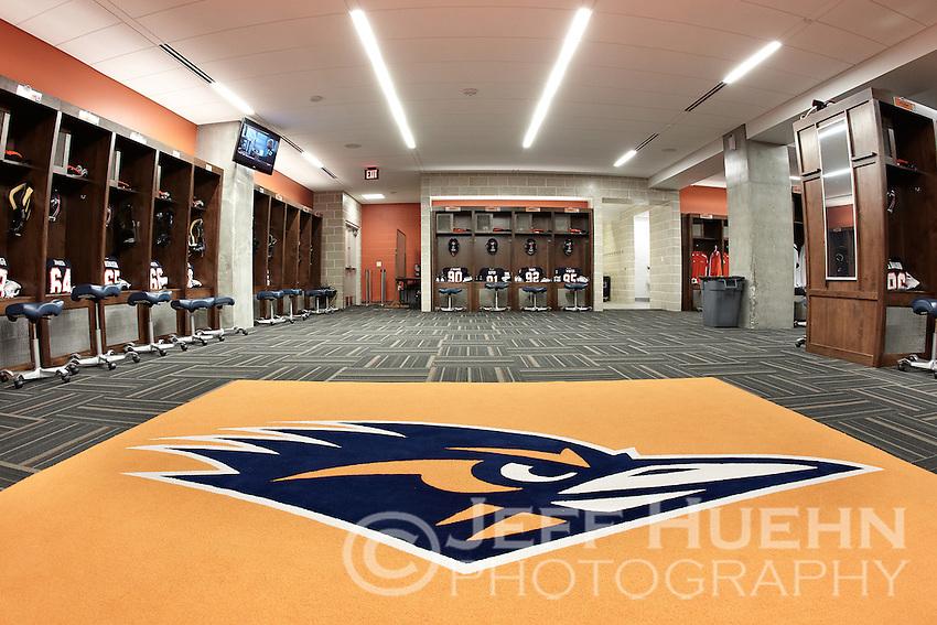 Utsa Football Locker Room