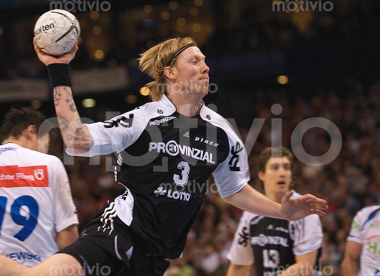 Boerge Lund (Kiel) im Wurf, Final Four, Deutscher Handball-Pokal, THW Kiel - HSV Hamburg,