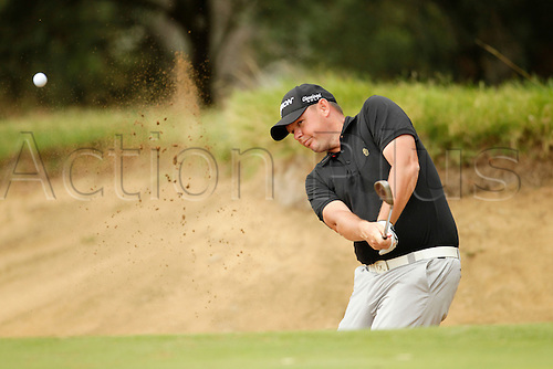 28.02.2016. Perth, Australia. ISPS HANDA Perth International Golf. Jamie McLeary (SCT) plays out of the bunker at the 4th green during his final round.