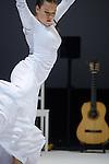 CAIDA DEL CIELO<br /> <br /> Co-direction artistique, chorégraphie et direction musicale Rocío Molina<br /> Co-direction artistique, dramaturgie, mise en scène et création lumière Carlos Marquerie<br /> Musique originale Eduardo Trassierra en collaboration avec José Ángel Carmona, <br /> José Manuel Ramos « Oruco », Pablo Martín Jones<br /> Aide à la relation au sol Elena<br /> Costumes Cecilia Molano<br /> Réalisation des costumes López de Santos, Maty, Rafael Solis<br /> Direction technique, lumière Antonio Serrano<br /> Son Javier Álvarez<br /> Régie plateau Reyes Pipio<br /> Assistanat à la production Magdalena Escoriza<br /> Direction exécutive Loïc Bastos<br />  <br /> Avec Rocío Molina (danse), José Ángel Carmona (chant), Pablo Martín Jones (percussions, musique électronique), José Manuel Ramos « Oruco » (palmas), Eduardo Trassierra (guitare)<br /> Compagnie : Danza Molina S.L.<br /> Date : 02/11/2016<br /> Lieu : Théâtre National de Chaillot<br /> Ville : Paris<br /> © Laurent Paillier / photosdedanse.com