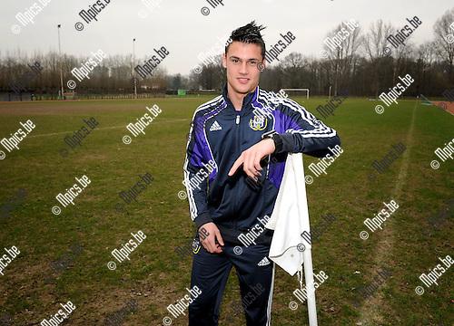 2012-03-14 / Voetbal / seizoen 2011-2012 / Mattias Bossaerts van Anderlecht tekende bij Manchester City..Foto: Mpics.be