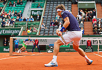 France, Paris, 27.05.2014. Tennis, French Open, Roland Garros,   David Ferrer (ESP) in his match against Igor Sijsling (NED) on the background.<br /> Photo:Tennisimages/Henk Koster