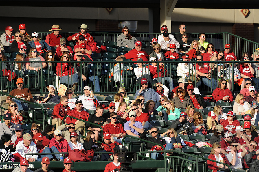 NWA Democrat-Gazette/ANDY SHUPE - Fans enjoy the Arkansas and Loyola Marymount baseball game Saturday, March 7, 2015, at Baum Stadium in Fayetteville.
